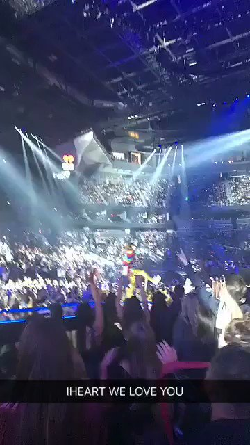 RT @30SECONDSTOMARS: #iHeartFestival WE LOVE YOU!! ❤️ https://t.co/N0NPrIPFPt