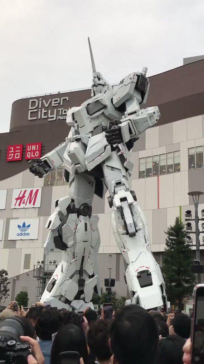 お台場ユニコーンガンダム立像、初日17時の変形(動画) #ユニコーンガンダム #g_uc #ガンダム #gundam