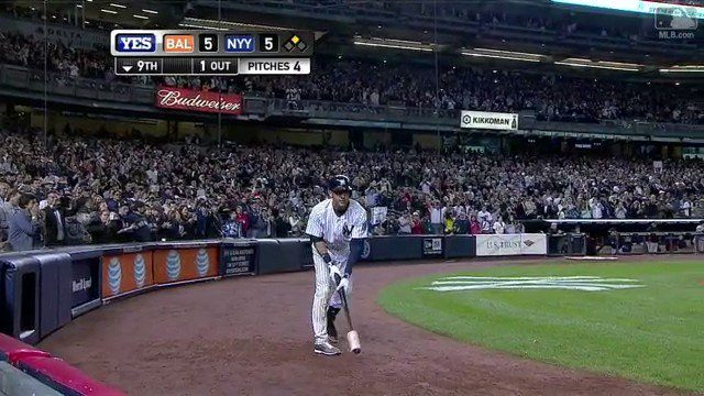 On this date in Yankees history: The Captain says goodbye to the Stadium with one last memorable moment. https://t.co/1rKPsW1Lc5