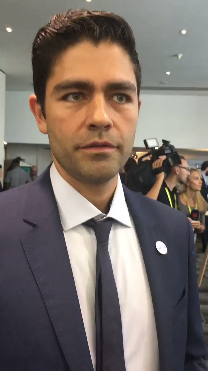 RT @SkyNewsThomas: An inspiring message from @adriangrenier @lonelywhale #stopsucking #OurOcean #OceanRescue https://t.co/D663MxYjTu