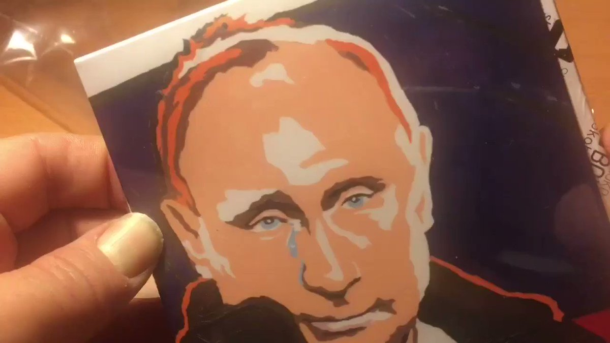 Eat your heart out, Willy Wonka: it's Vladimir Putin chocolate. https://t.co/zlb69uOzMI