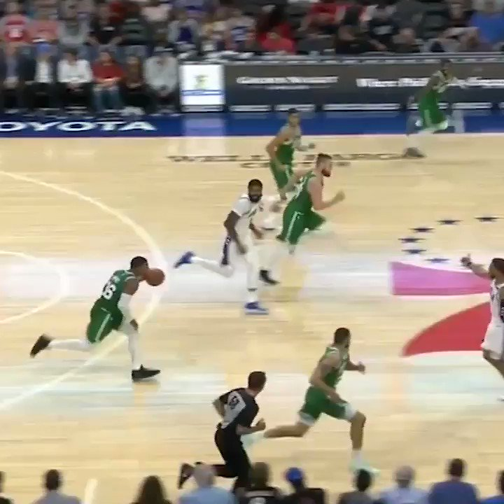 Ben Simmons ↔️ Jayson Tatum  The NBA Rookie of the Year race is gonna be fuuun. https://t.co/PBOm4Cssvp