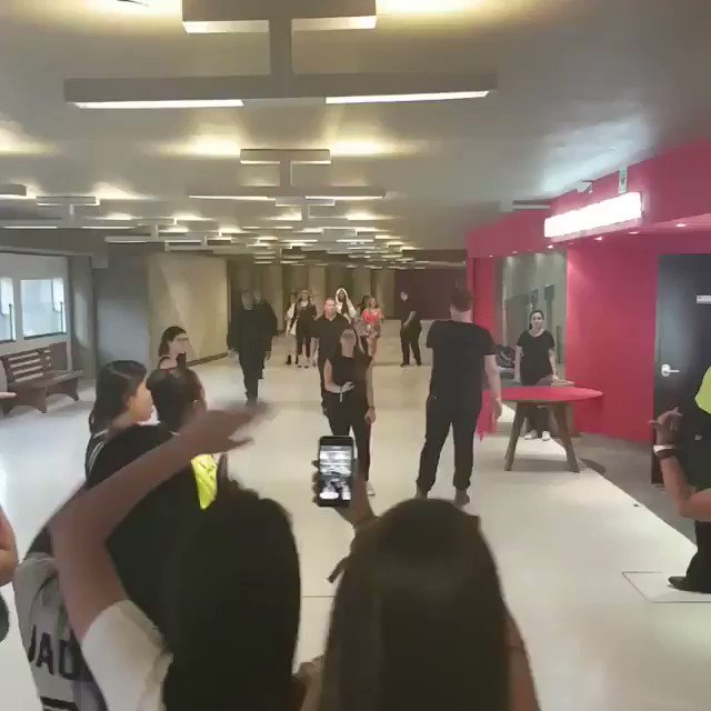 Fifth Harmony arriving at today's M&G in São Paulo (via portalfama's Instagram post) https://t.co/SebAGysaa9