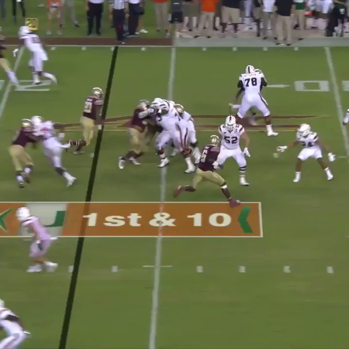 What a way to end a drought!  Trailing by 3, Miami's dramatic TD with 6 seconds left ends a 7-game losing streak to rival Florida State. https://t.co/bmGRHA3J7Z
