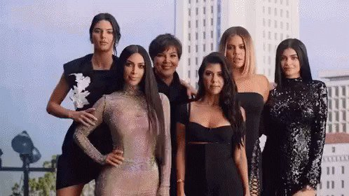 RT @KrisJenner: One hour to go!! Brand new #KUWTK starts at 9/8c on E! https://t.co/HJLUdfDkGu