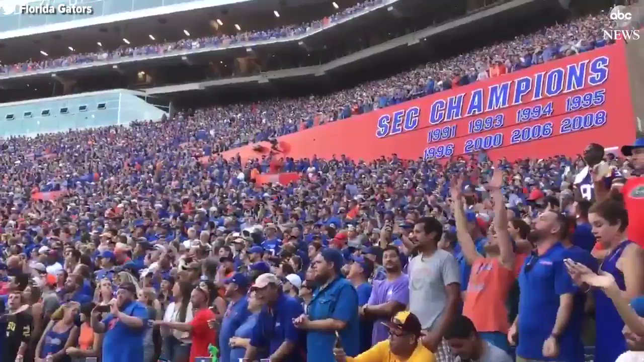 """Florida Gators fans perform moving tribute to Gainesville native Tom Petty, with entire stadium singing his hit song """"I Won't Back Down."""" https://t.co/r19cdJL6Ln"""