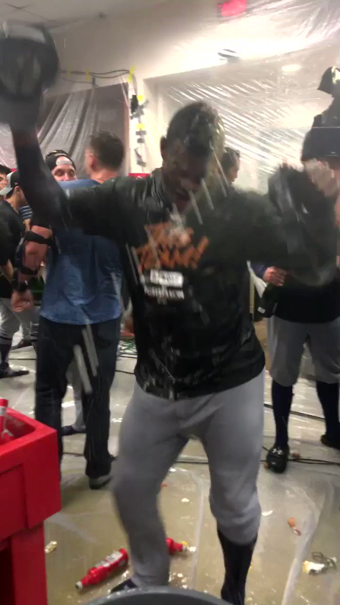 Do you think @YasielPuig likes to dance? �� #ThisTeam https://t.co/Z6JeKYPss9