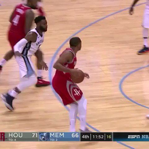 The reigning 6th man of the year.  ��: ESPN https://t.co/6JY0SB1iYM