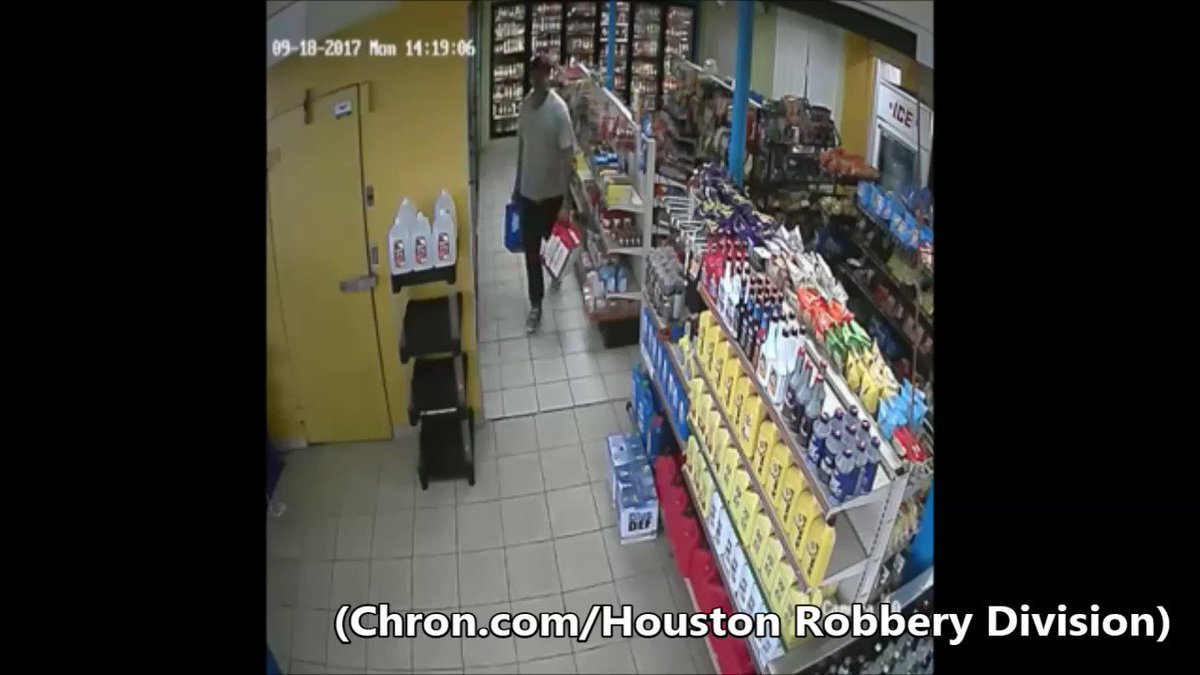 Video: Houston store manager jumps in getaway vehicle to stop beer thief