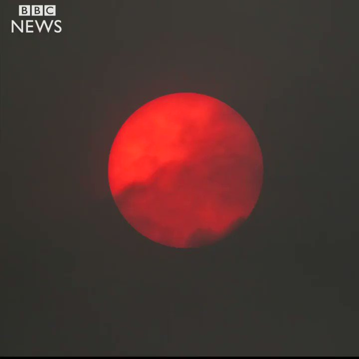 The day the sun turned red over the UK  https://t.co/ixM1MlSwMh https://t.co/rbPWpSTQnV
