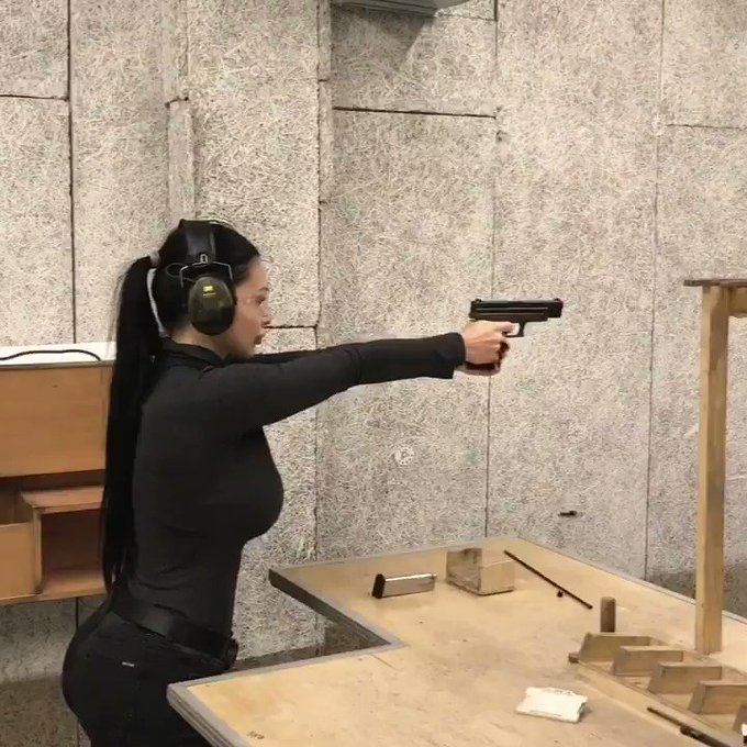 Shooting with Glock17 https://t.co/ktRGE9sZjy