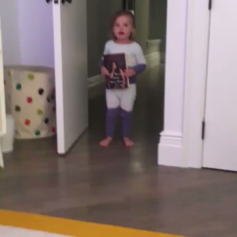 You know you got a best seller when the toddlers are turnt????❤️ #WereGonnaNeedMoreWine https://t.co/qOgbjTg7di