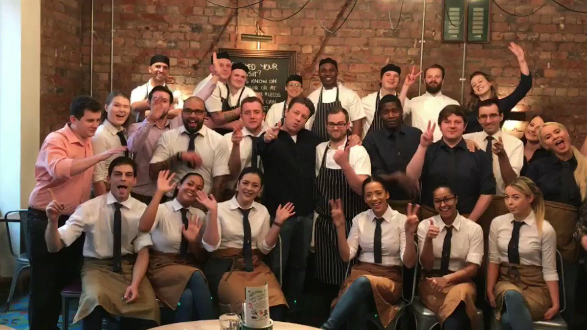 So happy to be here with my @JamiesItalianUK Leeds family this morning! Big love!!! JOx https://t.co/UGcKE1XWpg