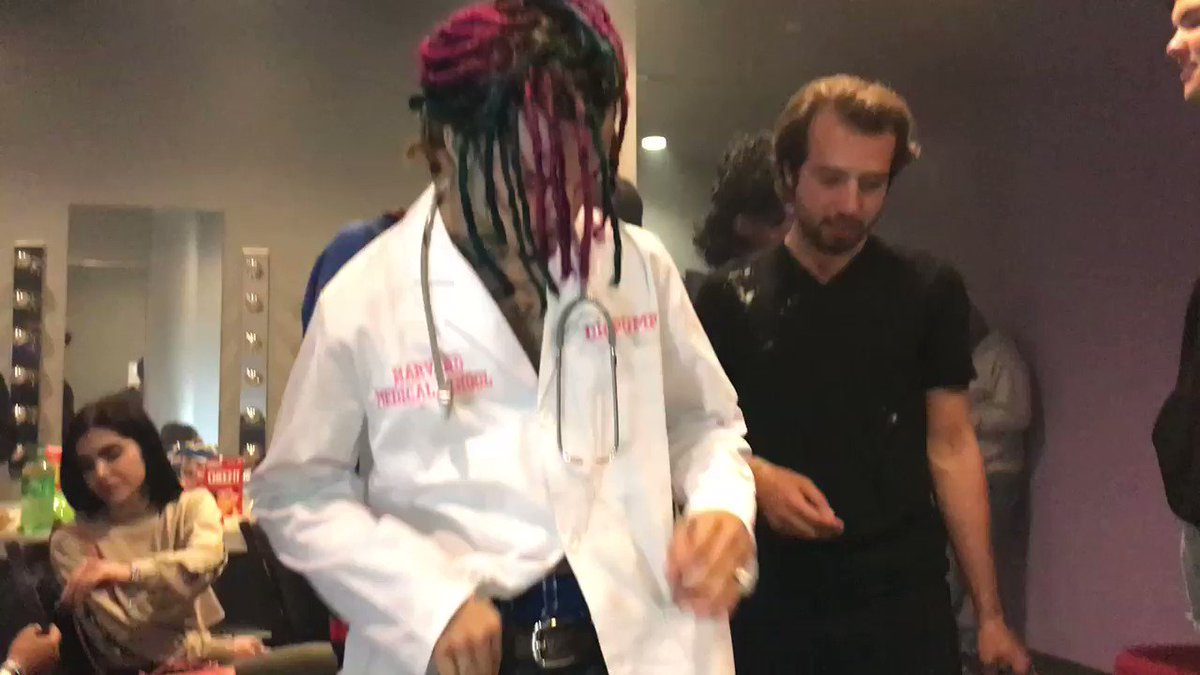 Lil Pump hit his manager in th lil pump