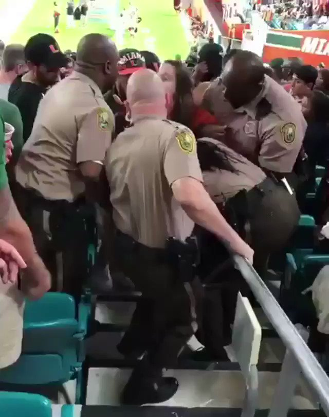 THE U IS BACK BABY https://t.co/EtxdOmWr6Z
