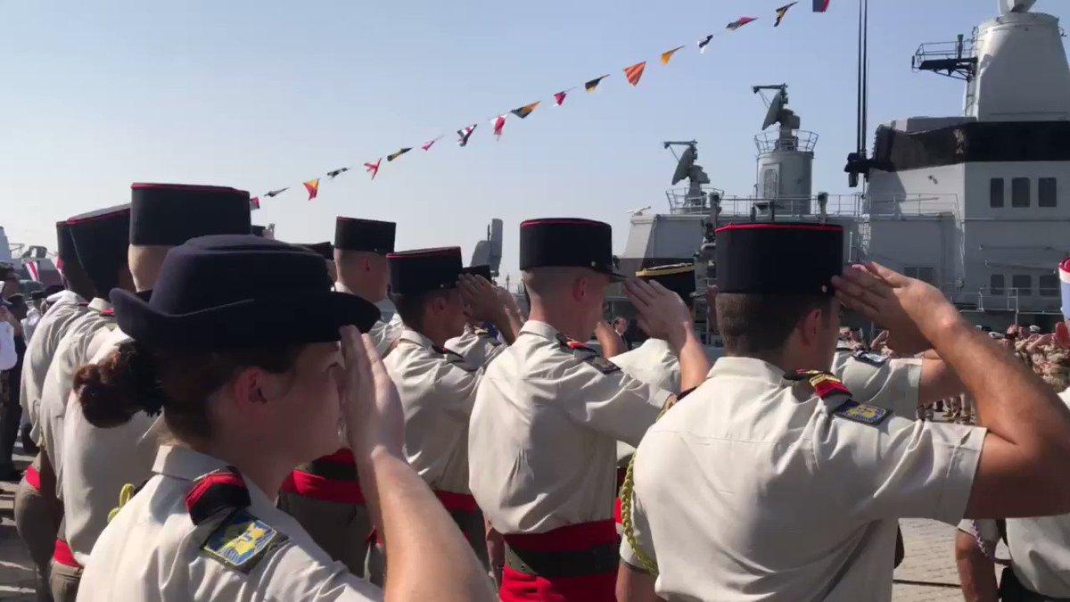 La Marseillaise prend tous ses accents patriotes dans la bouche de nos soldats. https://t.co/zvTWavXcs5