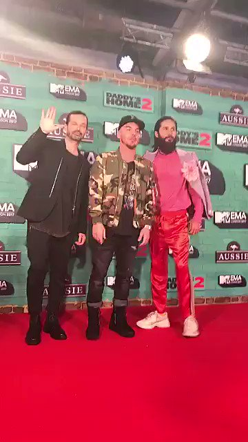 ���� #MTVEMA https://t.co/ixu4BoQBVU