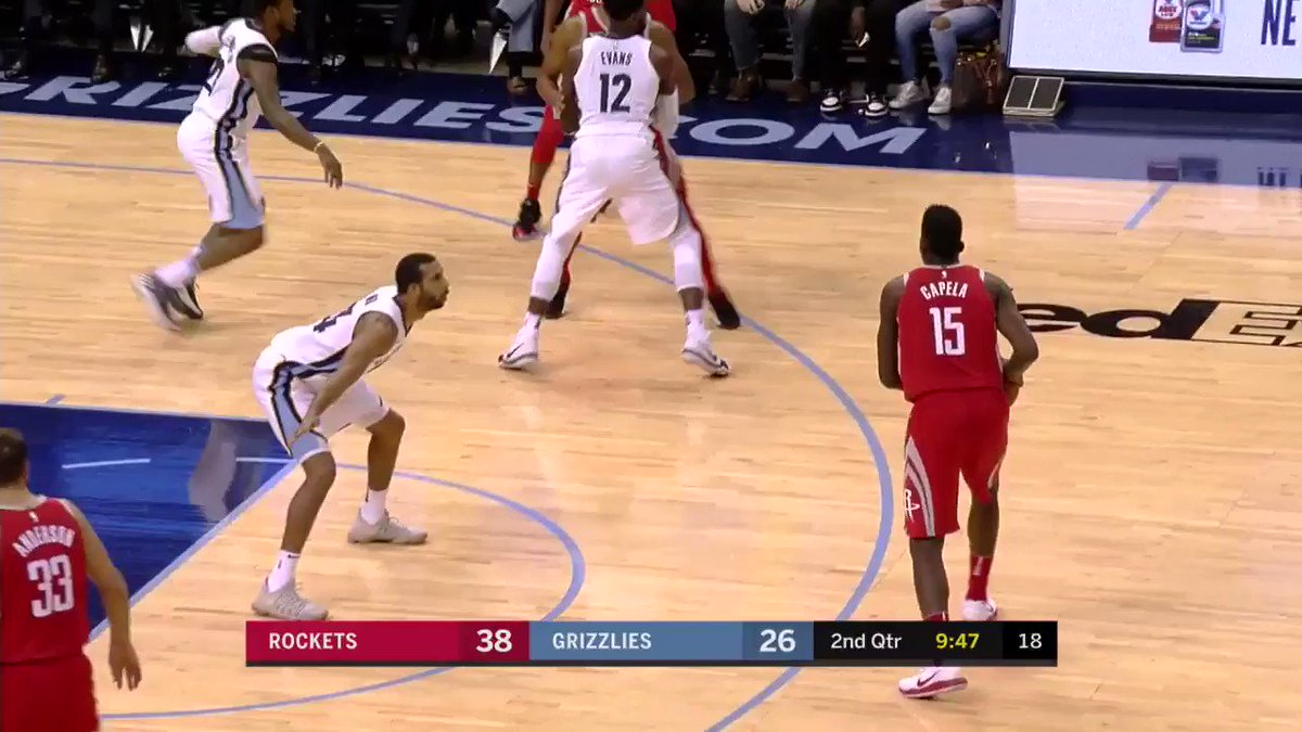 The 3's are starting to fall.   #SPLASHGORDON �� https://t.co/bstPNzvCQh