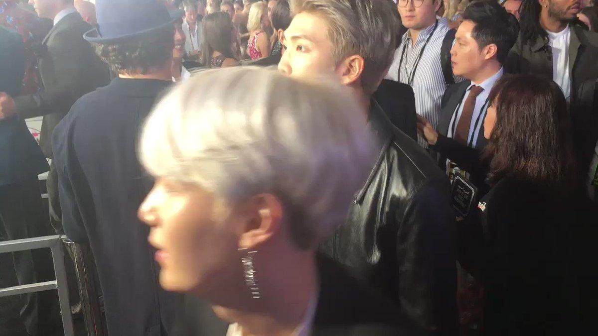 BTS on the #AMAs red carpet https://t.co/VTp0TlGq1f
