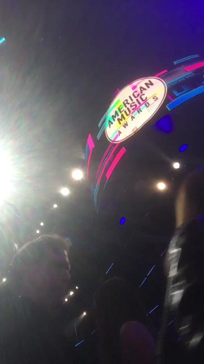 #BTSxAMAs https://t.co/kr7mTgiv51