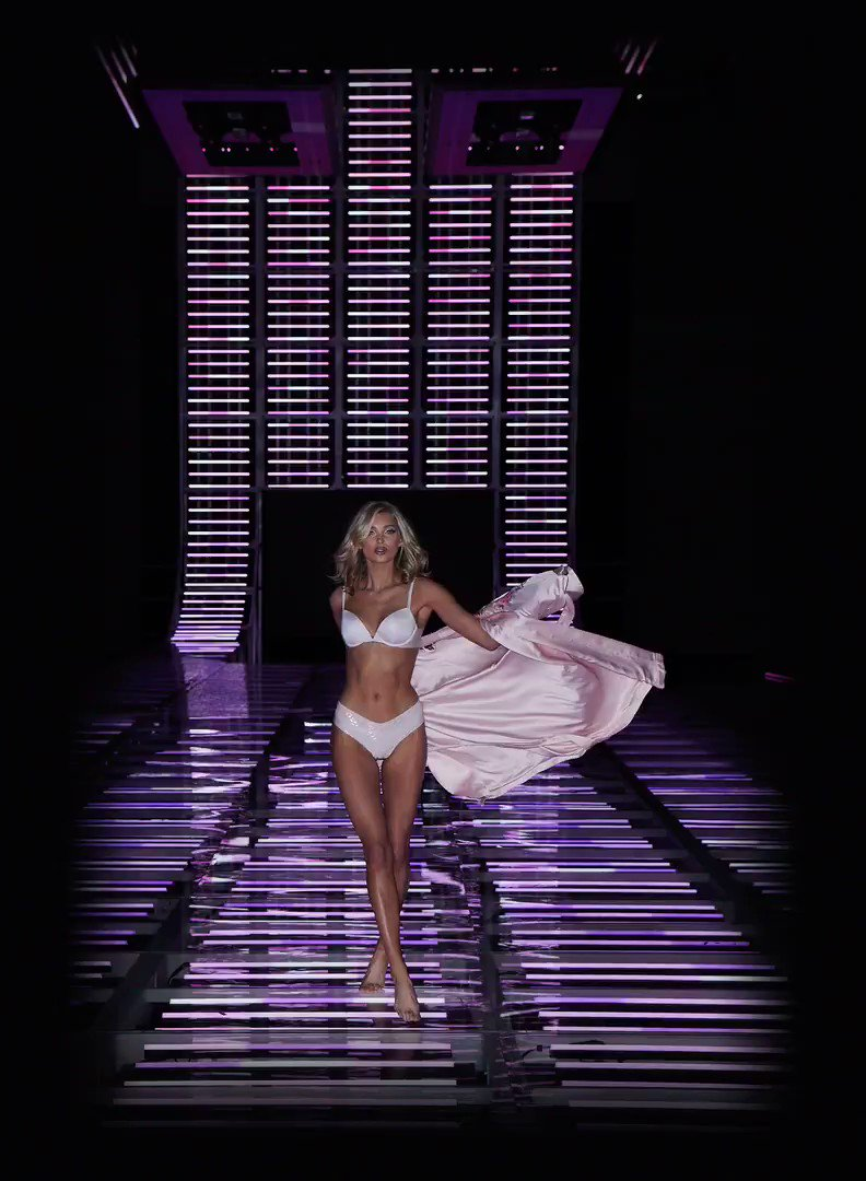 #VSFashionShow sneak peek: @elsahosk warms up the runway the Sexy Illusions bra before the film rolls. https://t.co/kSfimEEAut