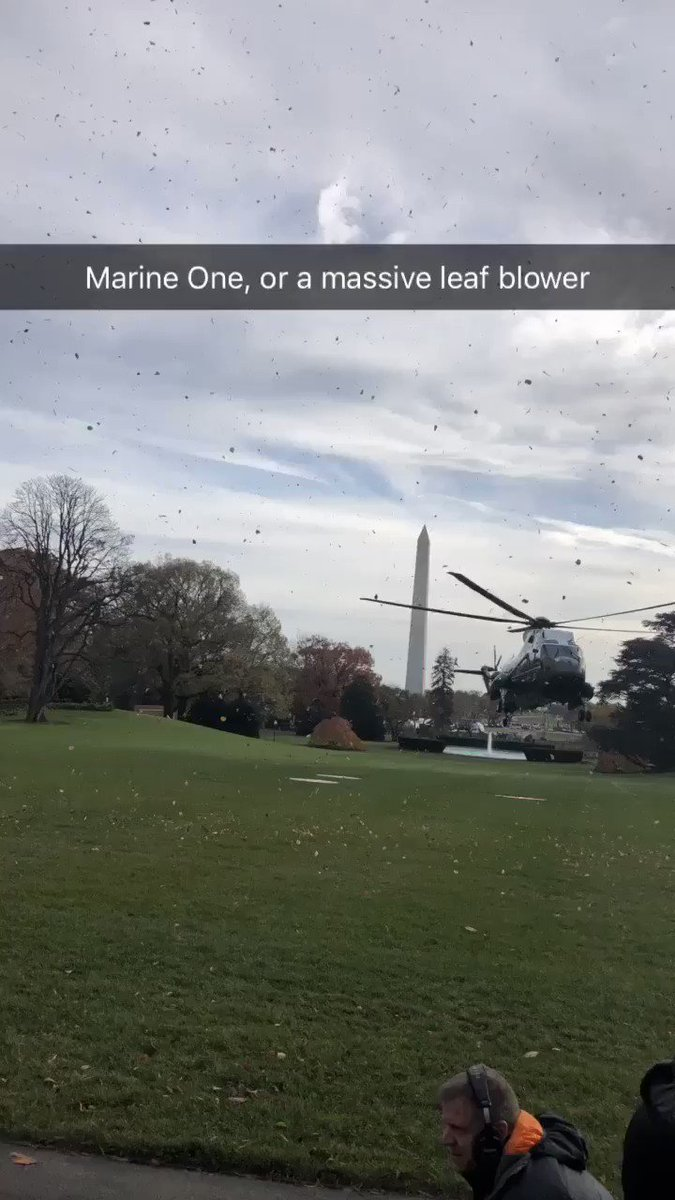 Marine One, or a massive leaf blower https://t.co/Yi9IJCVf8c