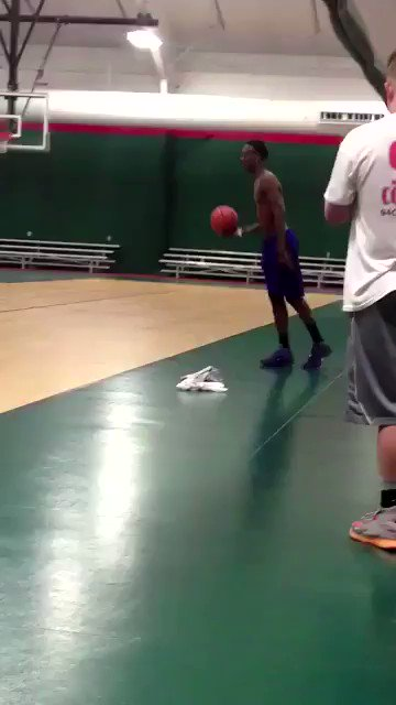 When football players try to hoop