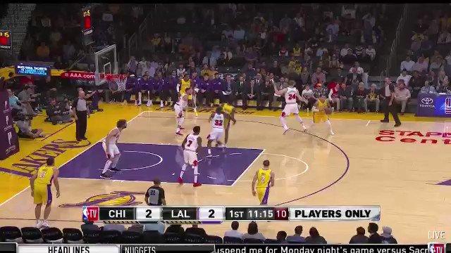 Let's check in on Lonzo Ball's jump shot...Yup still broken https://t.co/kGZTh1YBt2