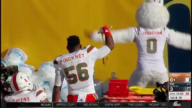 Gotta show them Pitt fans what the turnover chain looks like https://t.co/QHNT2XWcCz