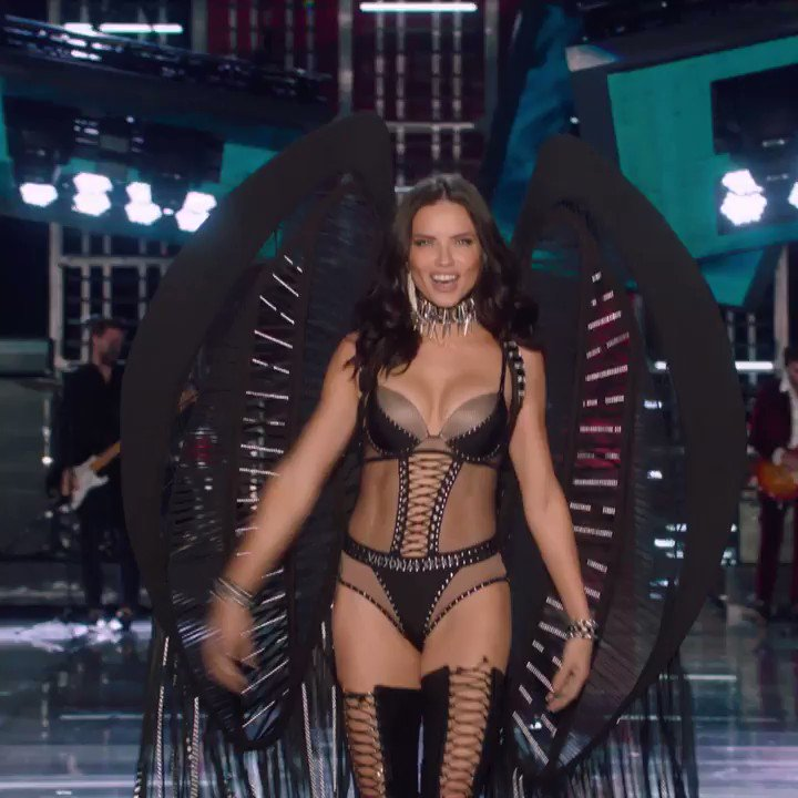 .@adrianalima. In THOSE wings. #VSxBALMAIN is officially unforgettable. Shop TOMORROW at 10am! #VSFashionShow https://t.co/SKWBjhrHua