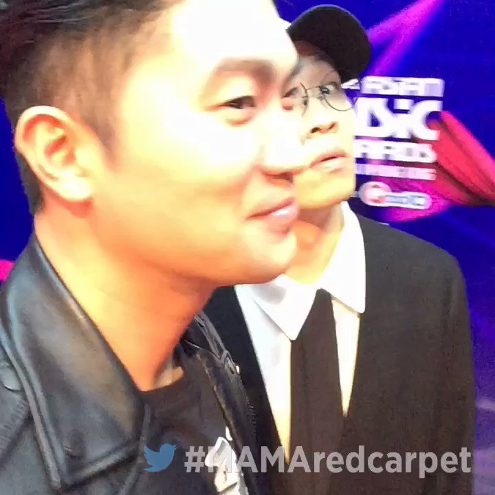 #2017MAMA Vote for Best Asian Style in Hong Kong with a tweet #MAMARedCarpet#DynamicDuo https://t.co/mWiGty19OD