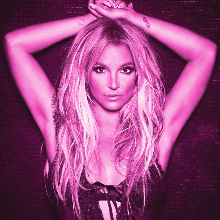 This is why she still reigns supreme �� Happy #BritDay, @britneyspears!  https://t.co/FasNgO77Dz https://t.co/lsfFMQRgV0