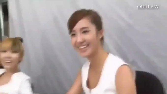 Happy Birthday Kwon Yuri!!!    Someone loves you