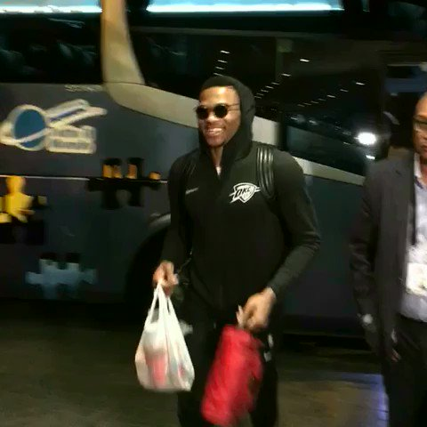 Russ, PG & Melo have arrived for #NBAMexicoGames! https://t.co/SdwxBnWRPv