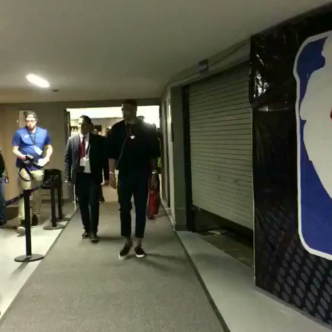 22.5 PPG / 9.3 RPG / 9.9 APG.  @russwest44 arrives for ���� action! https://t.co/zE4mHtITHN