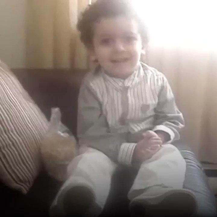 2 yaşındaki Hasan'ın İsrail'in başkenti neresi sorusuna verdiği cevap...   #KudüsünGözyaşlarınıSil #İslamınOnuruKudüs #KudüsRuhuÜmmetiSardı  #KuduseSahipCik @dunya20101  https://t.co/fQ4bqg0Biy