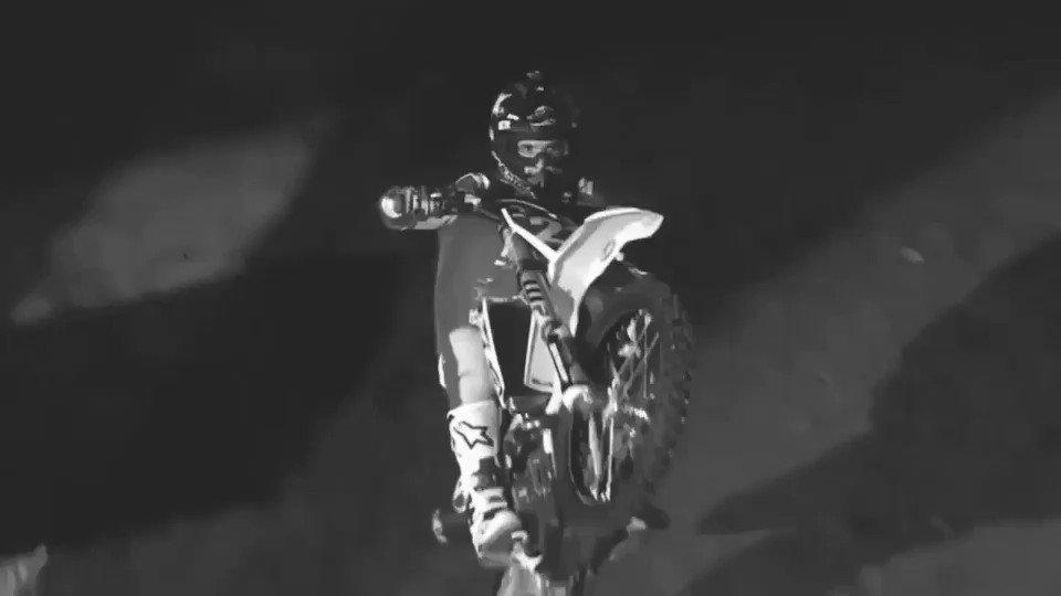 #TBT 😎 @SupercrossLIVE less go! @rockstarenergy @HusqvarnaUSA https://t.co/sfYaF73MPd
