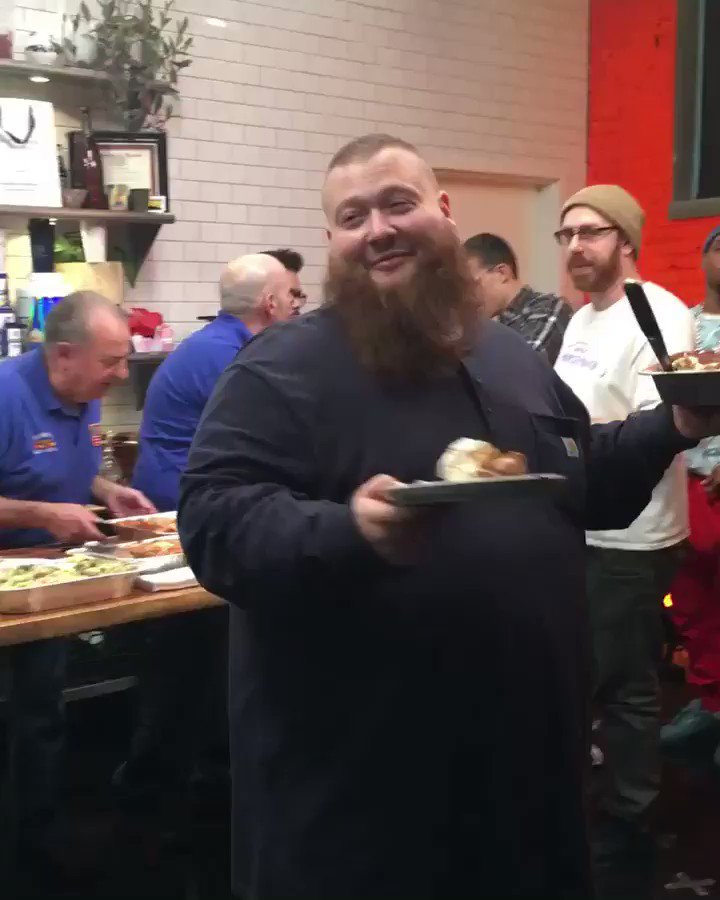 RT @BronsonShow: @ActionBronson serving up new episodes starting tomorrow night. Share with your friends. https://t.co/LE2UQo9fqN