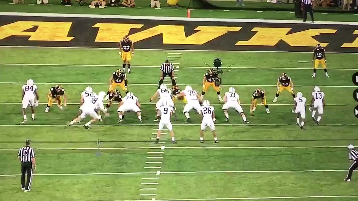 This is a ridiculous cut by a 230 pound RB. Trying to study other players is hard to do when 26 is on the field. https://t.co/CiteuTaybp