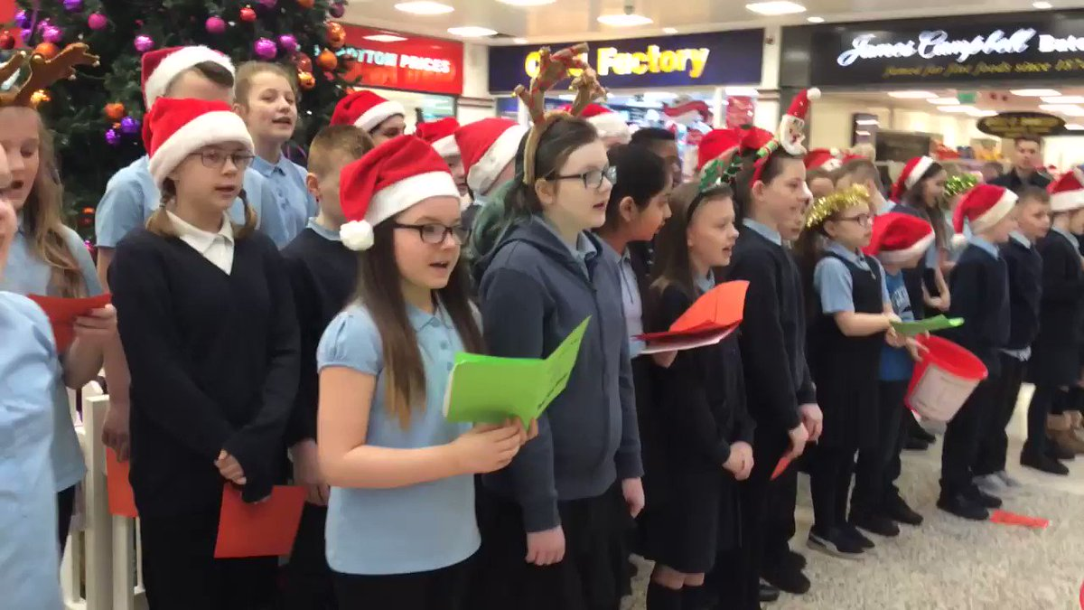 Our P6/7 choir singing today @RutherglenEx ���������� https://t.co/DEcsIM1TBM