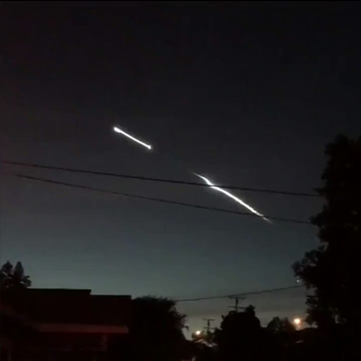 SpaceX night launch creates spectacle over California �� https://t.co/rRT4llx8hI