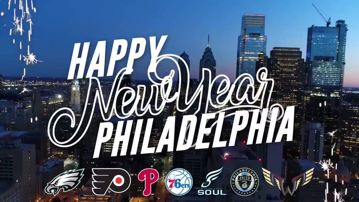Happy New Year to the greatest sports town on the planet!  We love ya, Philly! https://t.co/XMUBYsEcvT