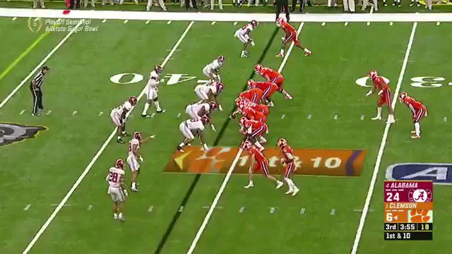Kelly Bryant lookin like a SNACK to the d-line https://t.co/TE2VIVBzh5