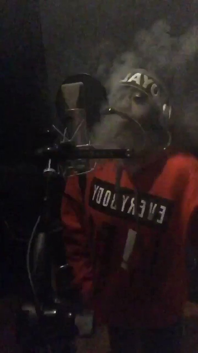 In the studio with that heat��Spaceship ���� https://t.co/vApsXcuP7n