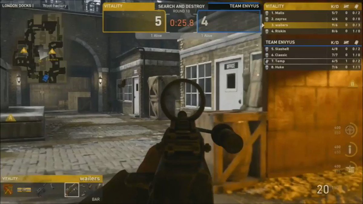 CALL OF DUTY WORLD, FRANCE IS ON THE MAP!!! WE TAKE THE WIN 3-2 AGAINST @TeamEnVyUs TO GO 1-0 INTO POOL PLAY!! #VforVictory https://t.co/MoyqKcNZXq