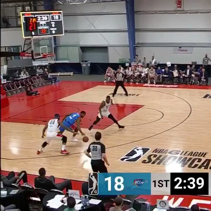 Isaiah Whitehead with the slick behind-the-back dime! #GLeagueShowcase  WATCH on FB Live: https://t.co/msVCt8kYr0 https://t.co/5WilkNlAZP
