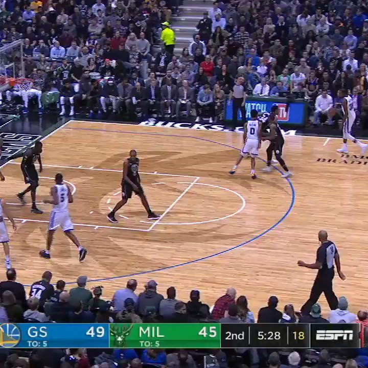 KD got Giannis. https://t.co/cyfx0WQ1kw