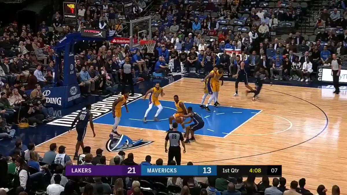 RT @dallasmavs: Salah with the work, Wesley with the dime, and HB with the flush! #DALvsLAL https://t.co/0F4OUkAIvR