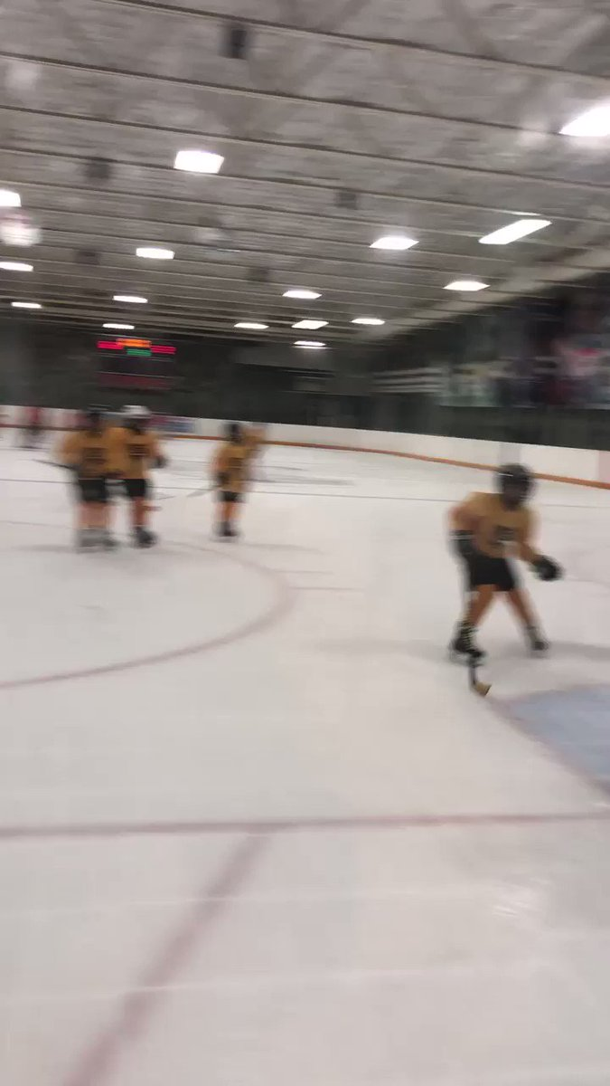 RT @CynthiaInCali: Charlotte got a goal and an assist to help Tara get the win for Robitaille Gold! #HDSoCal2018 https://t.co/mjqKLQdprG