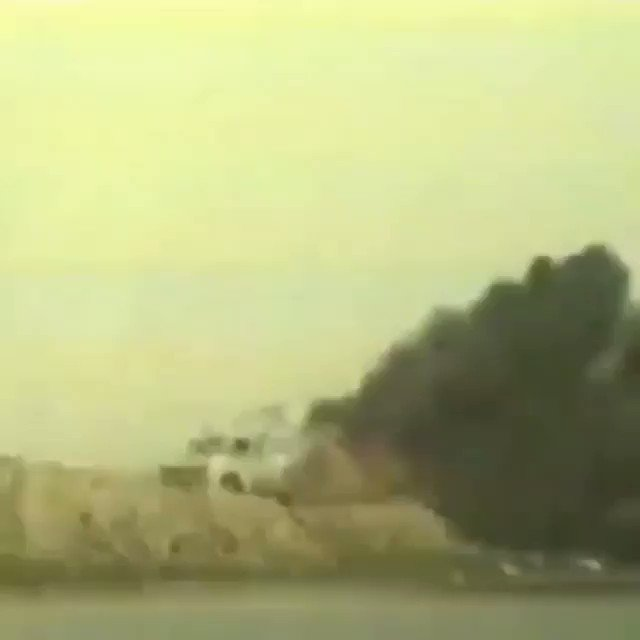 RT @kkeivanlou: امان از این لحظه که میبینی و می سوزی . #دفاع_مقدس #نفتکش_سانچی https://t.co/QiWuICLF0w